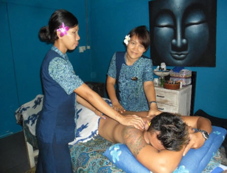 Amazing 4 handed massage at Aquaria Bali's spa